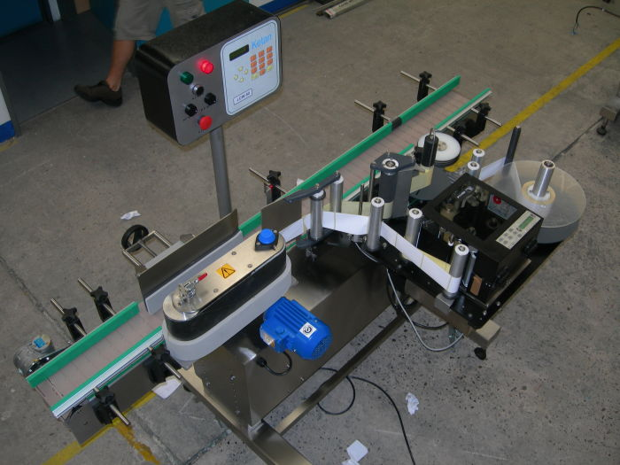 Automatic Labeling System - Loose Loop Print and Apply