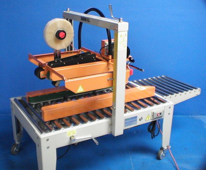 EC-702 semi-automatic case sealer